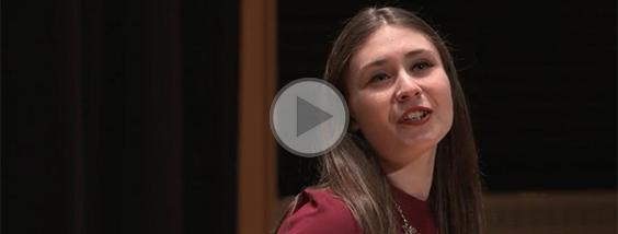 Ophélie Gagnon : vaincre sa timidité grâce au chant
